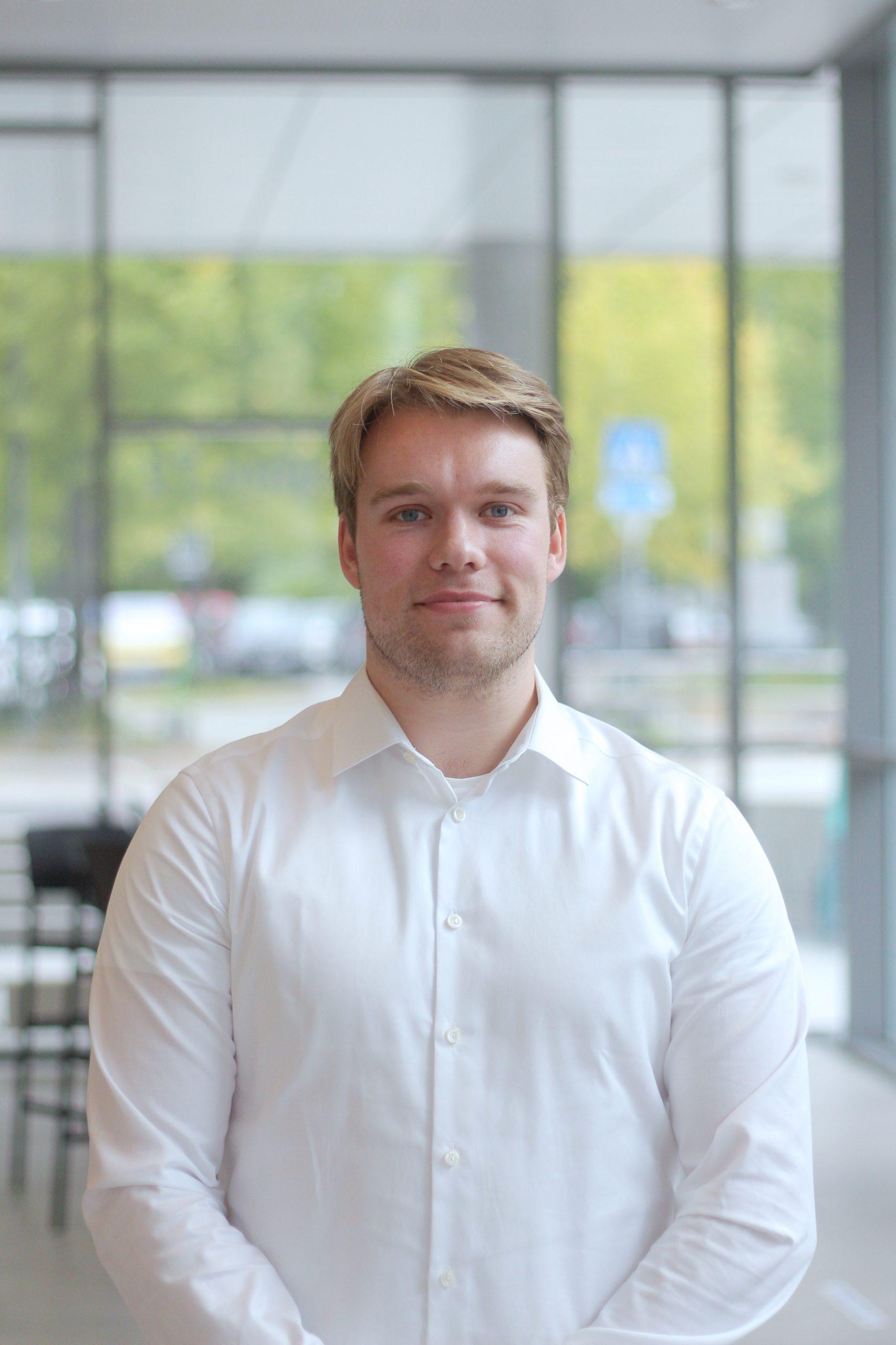 Haakon Rødland : Makrorapportansvarlig