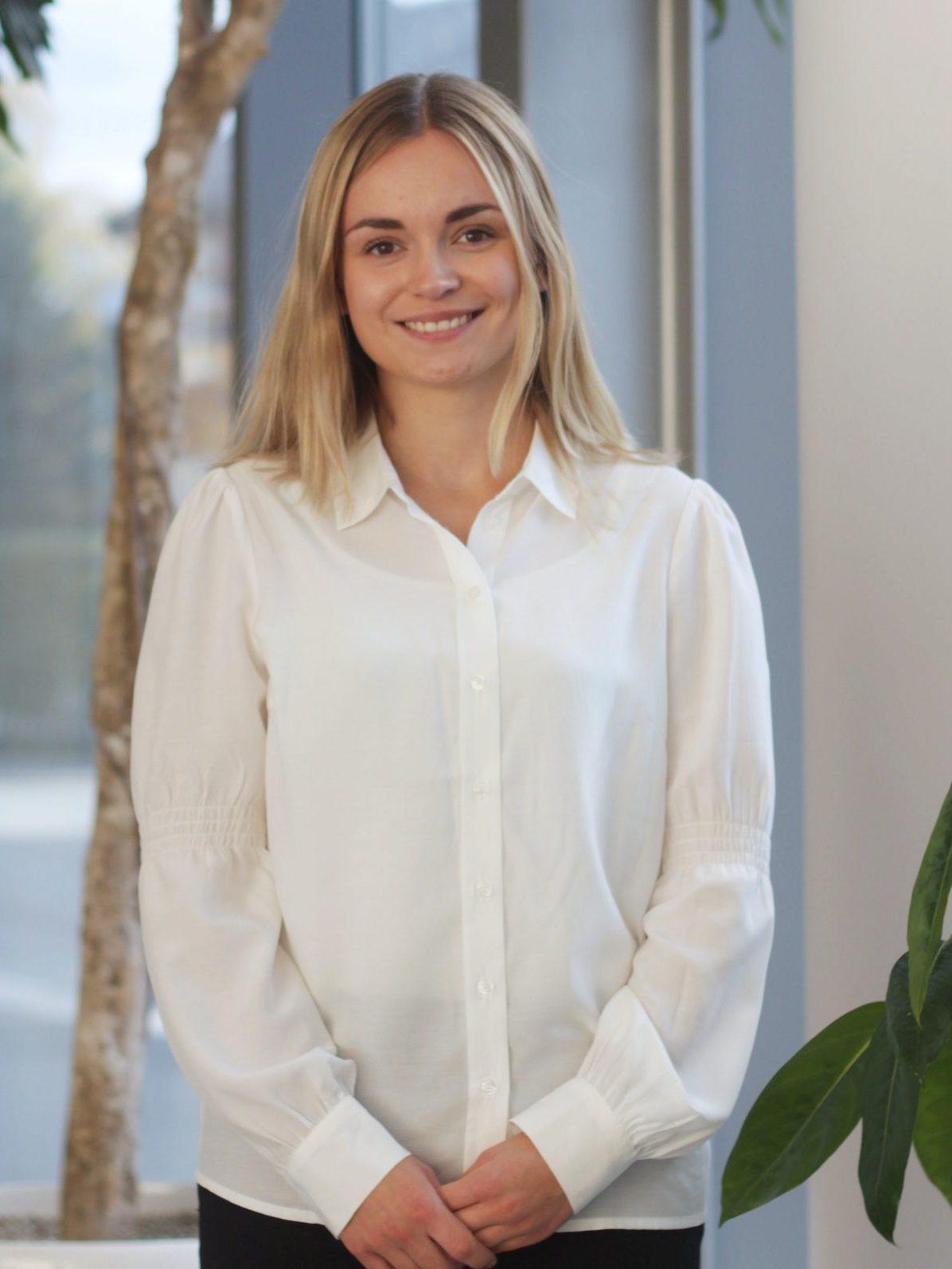 Christina Røsseland : Bedriftskontakt/Kommunikasjonsansvarlig